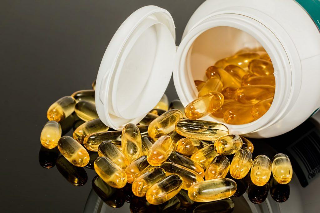 capsule-pill-health-medicine (1)